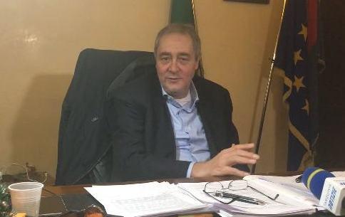 """Maestra sospesa a Tarquinia, il sindaco Mencarini: """"Auspichiamo che venga fatta al più presto piena luce sui fatti''"""