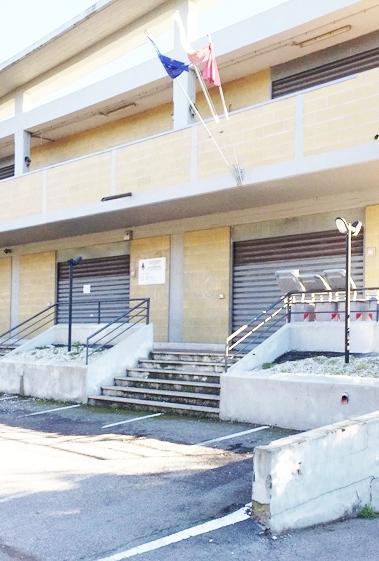 Uffici comunali chiusi, domani la protesta a Fregene