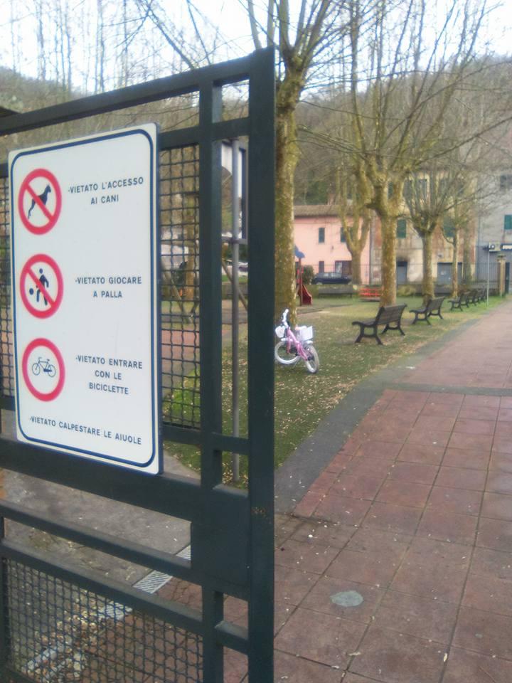 Giardini pubblici nel degrado