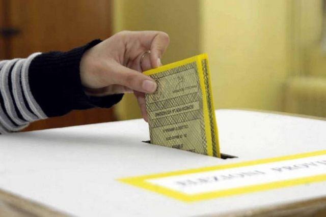 Aurhelio: ''Elezioni, sono spariti tutti''