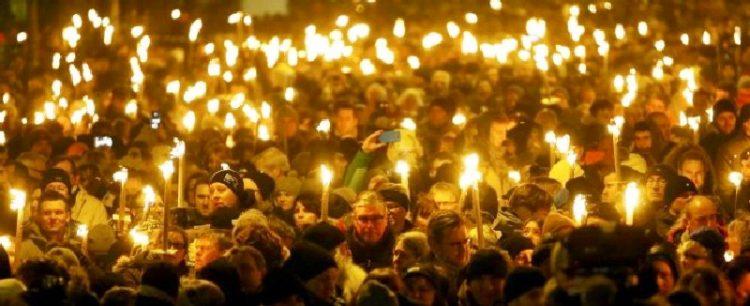 Fiaccolata di solidarietà per le vittime del terrorismo