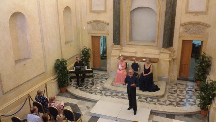 Esibizione ad Amelia per i cantanti della Ponchielli