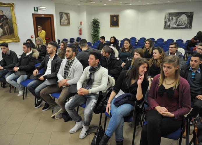 Scuola-lavoro: 24 studenti dell'alberghiero in trasferta nel Regno Unito
