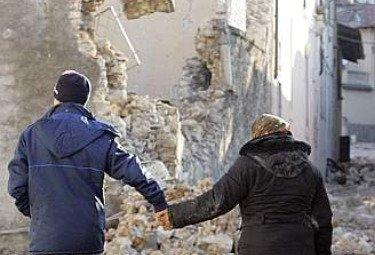 Raccolta di indumenti per i terremotati dell'Abruzzo