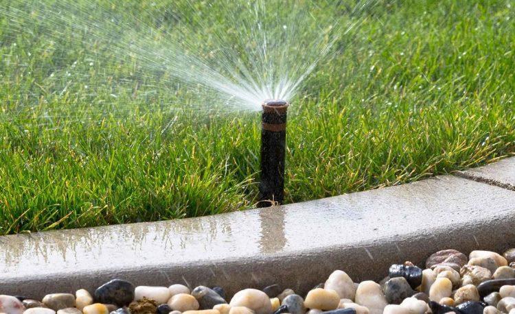 Nuovi impianti di irrigazione nelle aree verdi