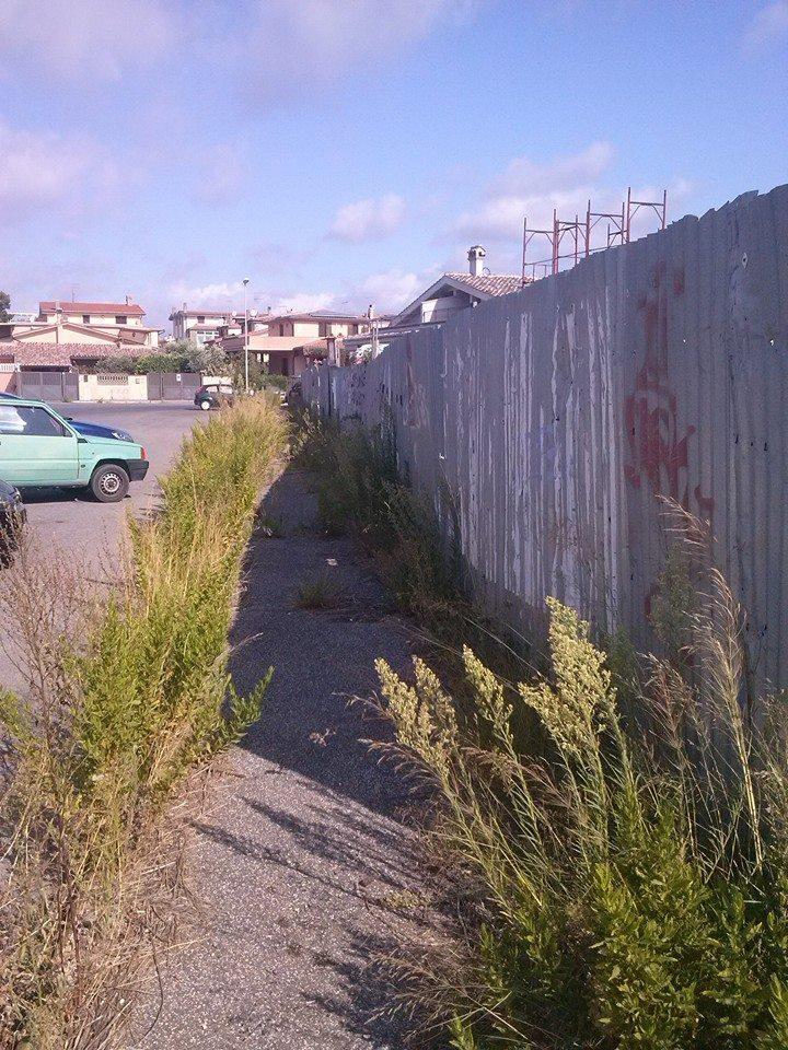 Marciapiedi e strade sporche, sanzionata la ditta