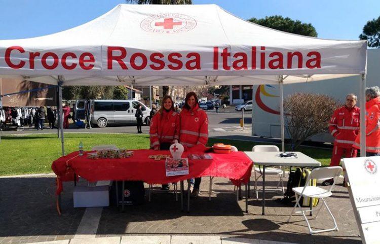 Prosegue la ''Giornata della salute'' della Croce Rossa