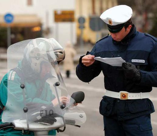 Denunciato un sedicenne intercettato dalla Polizia locale con un ciclomotore rubato