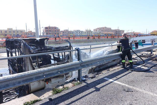 Incendio alla roulotte: convalidato l'arresto