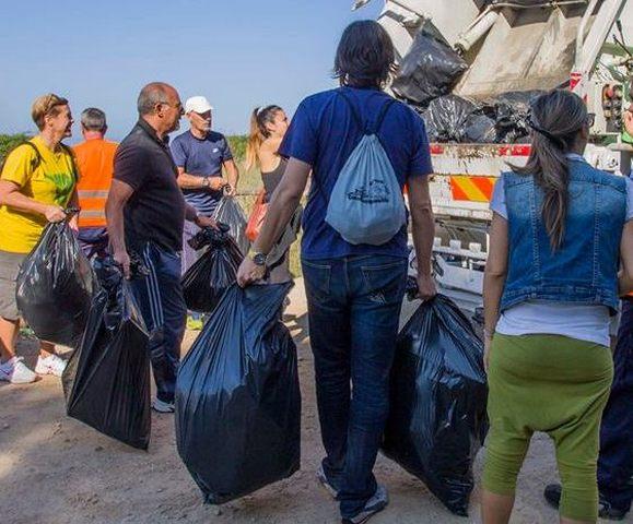 Pasquetta alla Frasca: distribuiti 300 sacchi per i rifiuti