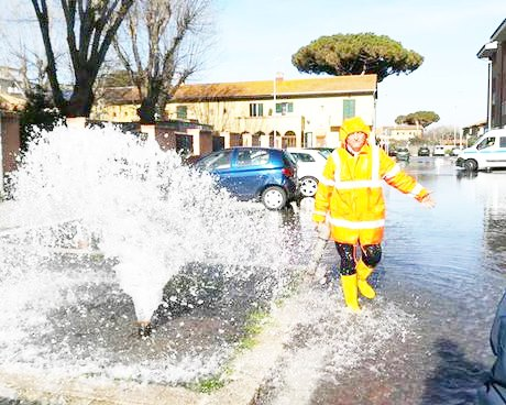 Via delle Spigole, ''doccia'' improvvisa