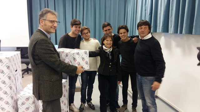 Il vicepresidente della Regione Smeriglio consegna il kit 3D al liceo Galilei