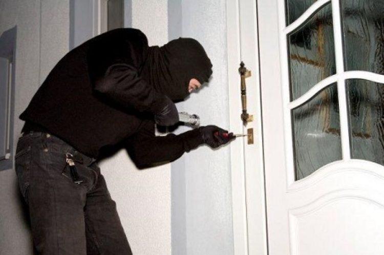 Ondata di furti nelle abitazioni di Ladispoli