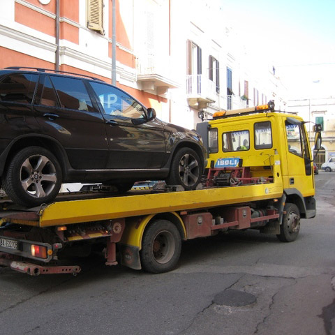 Civitavecchia senza carroattrezzi: guai per gli automobilisti