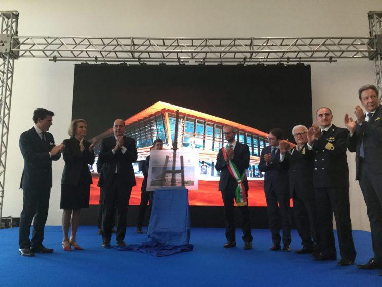Taglio del nastro per il terminal Vespucci