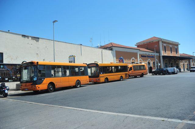 Caos trasporti: soppresse quattro linee in poche ore