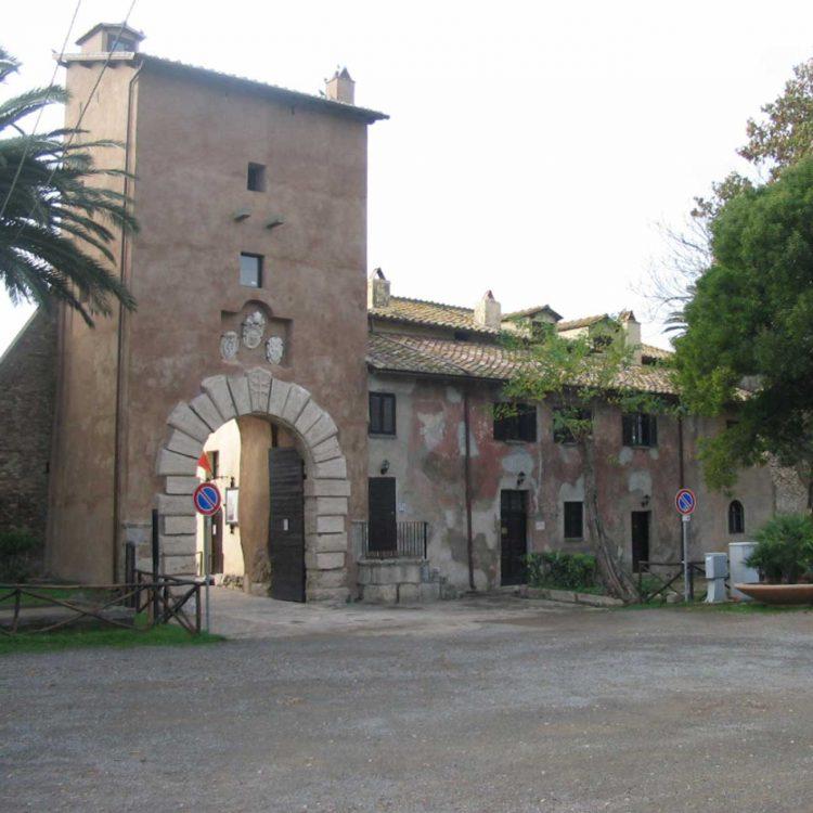 Castello di Santa Severa, convocato il consiglio comunale aperto