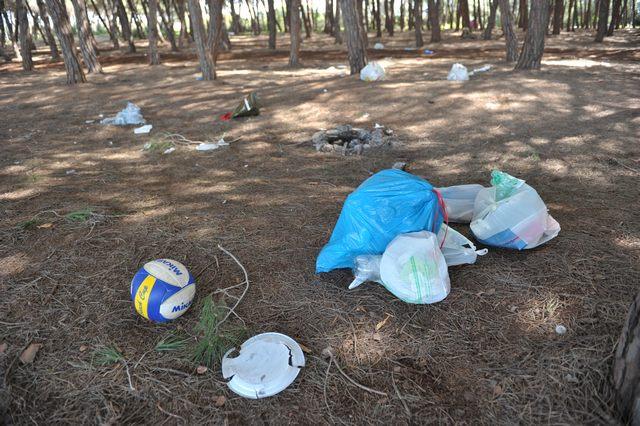 Pasquetta: buste per la raccolta dei rifiuti ai frequentatori della Frasca