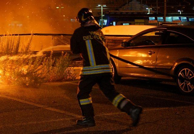 Due incendi nella notte