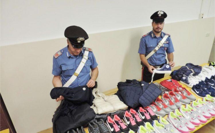 Furti nei negozi: due arresti