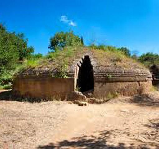La necropoli patrimonio Unesco da 12 anni