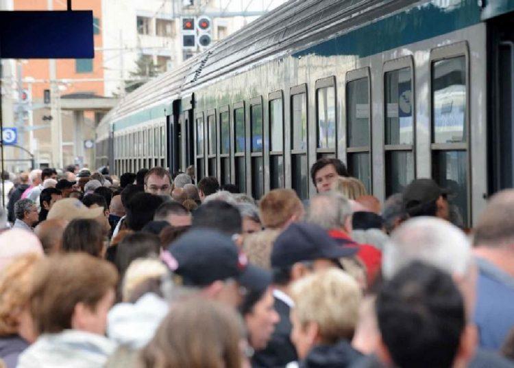 Maltempo: circolazione rallentata sulla tratta ferroviaria Fl5