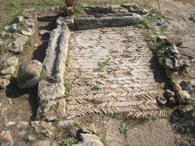 Pulizia dell'Antica Pyrgi: trovata una piattaforma in metallo