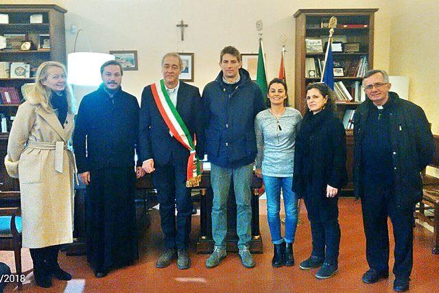 Natale ortodosso: il sindaco Mencarini incontra una delegazione per uno scambio di auguri