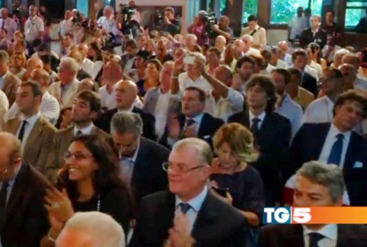 Moscherini a Cuba ad applaudire Renzi