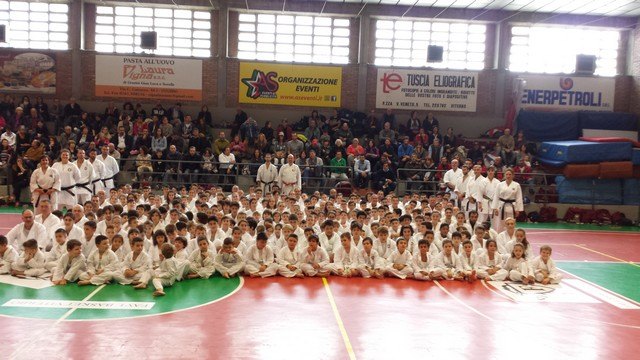 Gli atleti della Meiji Kan e della Hayashi-Ha di scena al Gasshuku