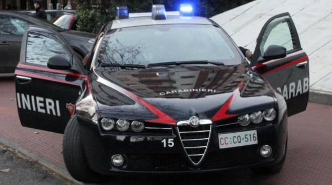 Sorpresi al bar a spendere banconote false: arrestati dai carabinieri a Ladispoli