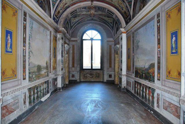 Partito il restauro della Sala Grande e della Galleria di palazzo Bruschi Falgari