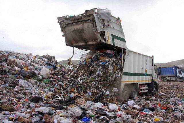 Rifiuti: Ecologia Viterbo aumenta i costi per i comuni del 55%