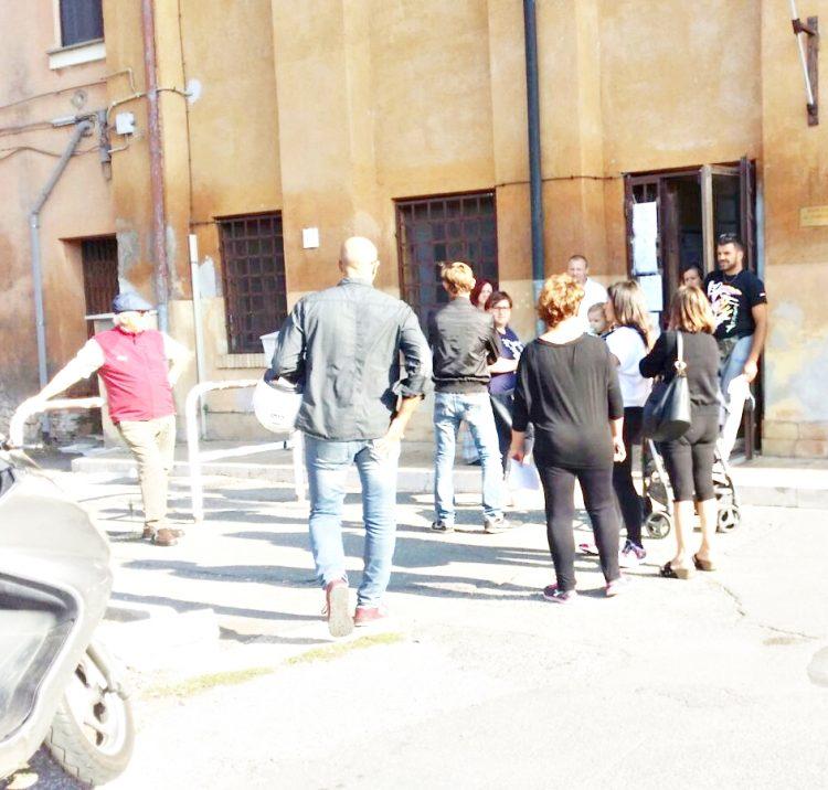 Moduli Isee per la scuola, caos a Palidoro