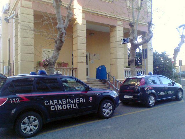 Sola e al buio: anziana disabile soccorsa dai Carabinieri