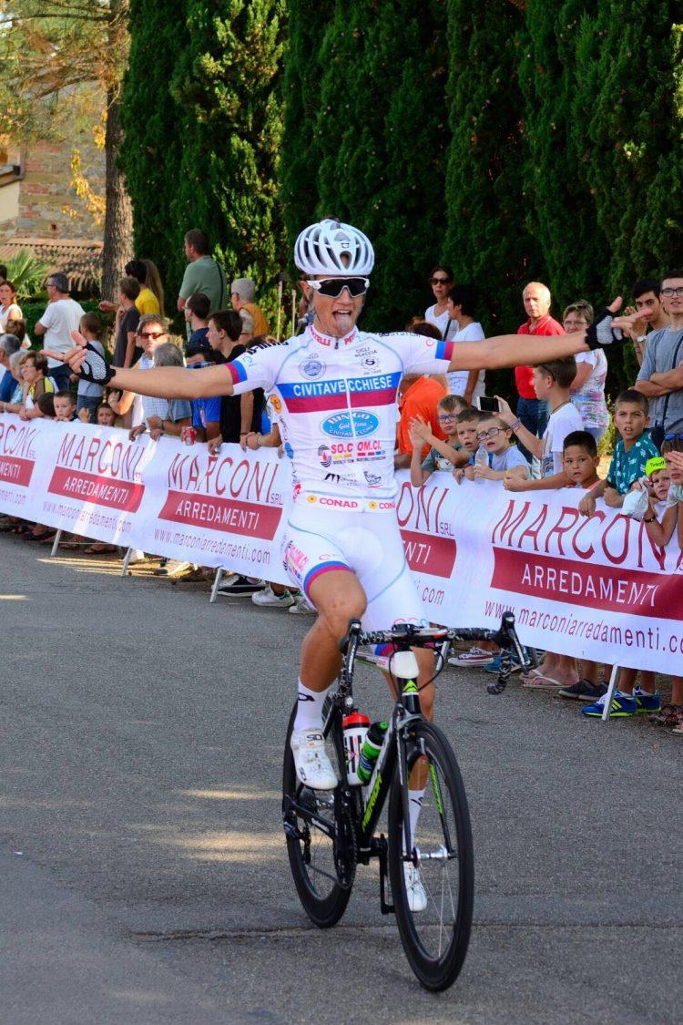 Victor Bikanov conquista anche Arezzo