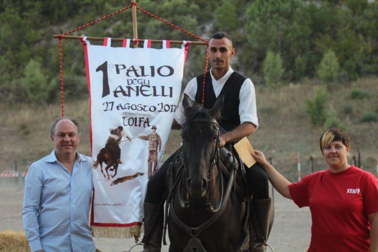Stefano Olivetti the best: 1° e 3° al Palio degli anelli
