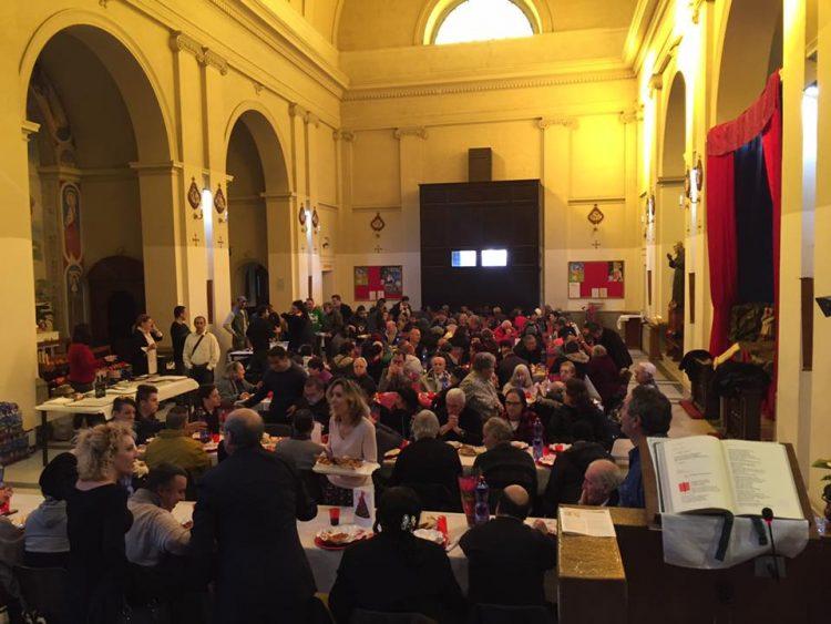 Oltre 200 persone per il pranzo di Natale della comunità Sant'Egidio