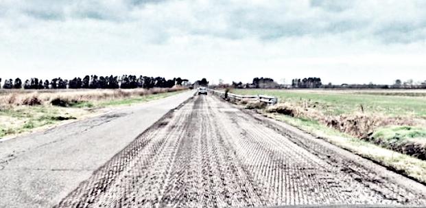 Via dell'Olivetello, iniziata la ripavimentazione