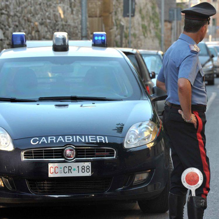 Rapina connazionale in pieno centro: arrestato romeno
