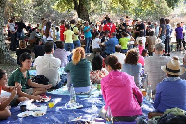 Tante persone hanno partecipato ai picnic musicali