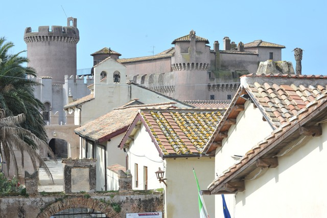 ''Il castello di S. Severa un gioiello valorizzato a intermittenza''