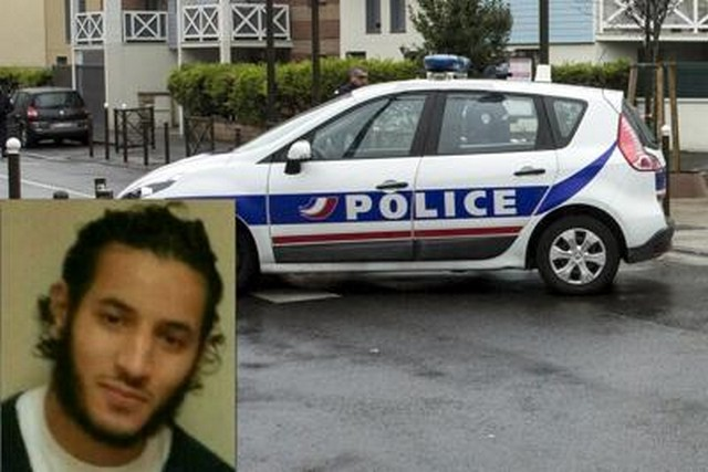 Parigi, jihadista uccide coppia di poliziotti