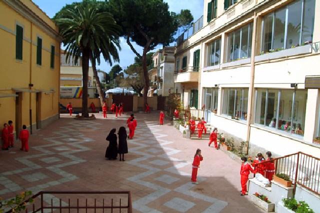 Santa Marinella, un centro estivo per minori