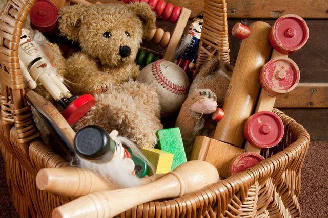 Dolci e giocattoli per i più bisognosi: Fratelli d'Italia di Santa Marinella aderisce al ''Natale solidale''