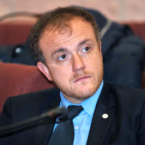 Porrello, auto a Cinque Stelle: rimborso dalla Pisana da 28 mila euro