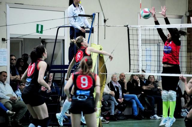 La Cv Volley ospita l'Ostia Club e tenta l'allungo in vetta