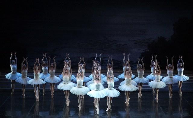 """Emozioni in musica con """"Il lago dei cigni"""""""