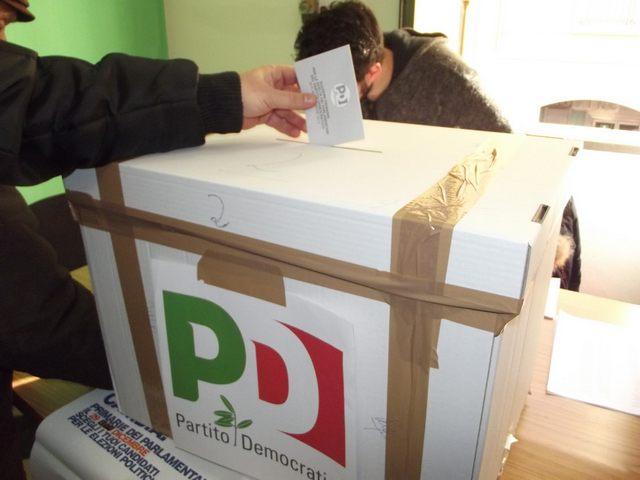Primarie Pd: Renzi sbanca in collina