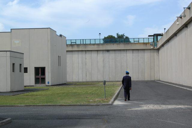 Carceri, 87 detenuti in eccesso a Civitavecchia